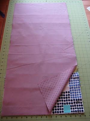 Hanging Wall Organizer Tutorial - Quilting Tutorials and Fabric Creations - Quilting in the Rain